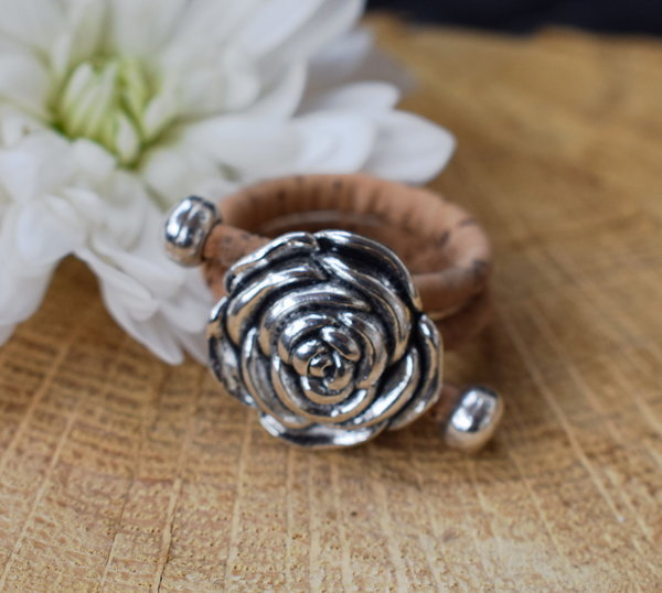 Kork Ring mit Rose